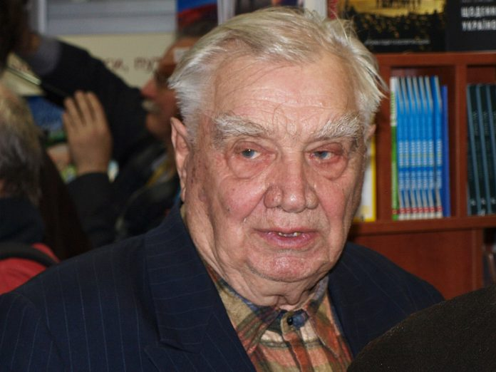 Юрій Мушкетик / Фото: Вікіпедія