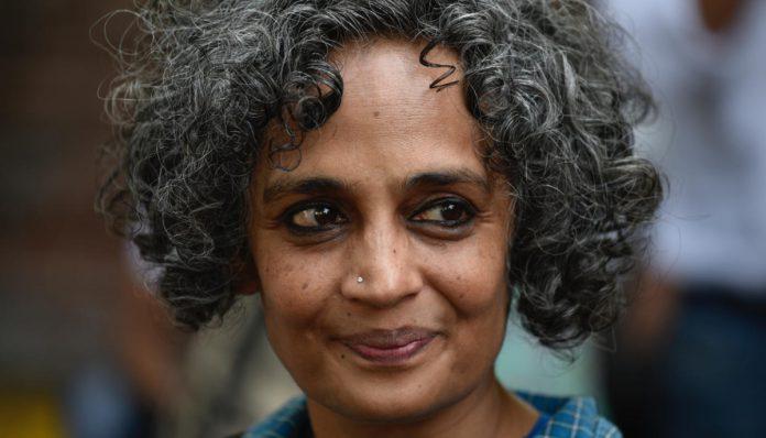 Арундаті Рой. Фото з сайту hit.media