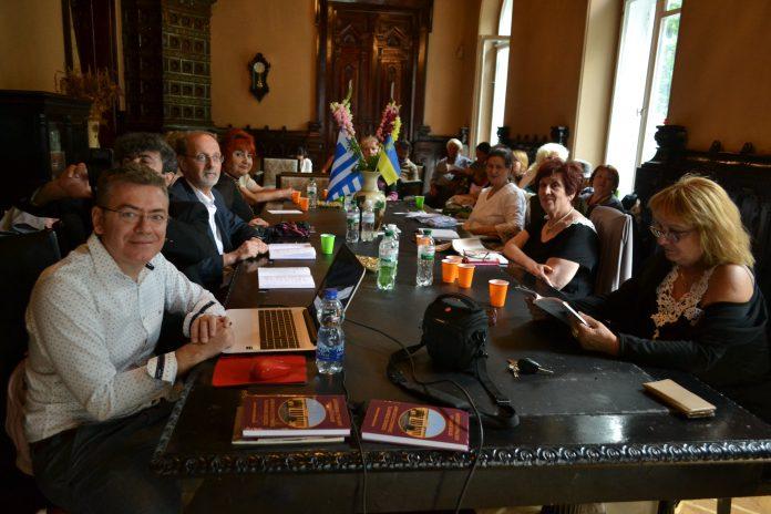 дружня зустріч українських письменників із групою грецьких поетів
